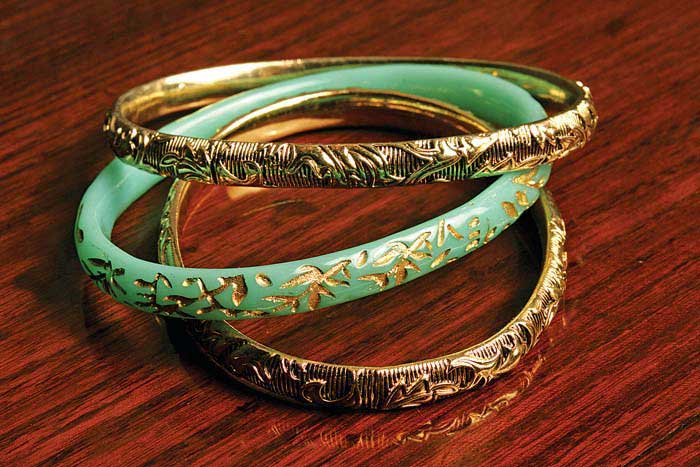 Wedding Gift Ideas Rustans : More gift ideas for your beloved Ninangs: ; a set of brass bangles ...